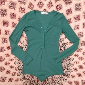 3 for $15 💚💚Green Button up Bodysuit